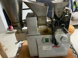 Automatic Dumpling Samosa Spring Roll Sambusek Maker Machine